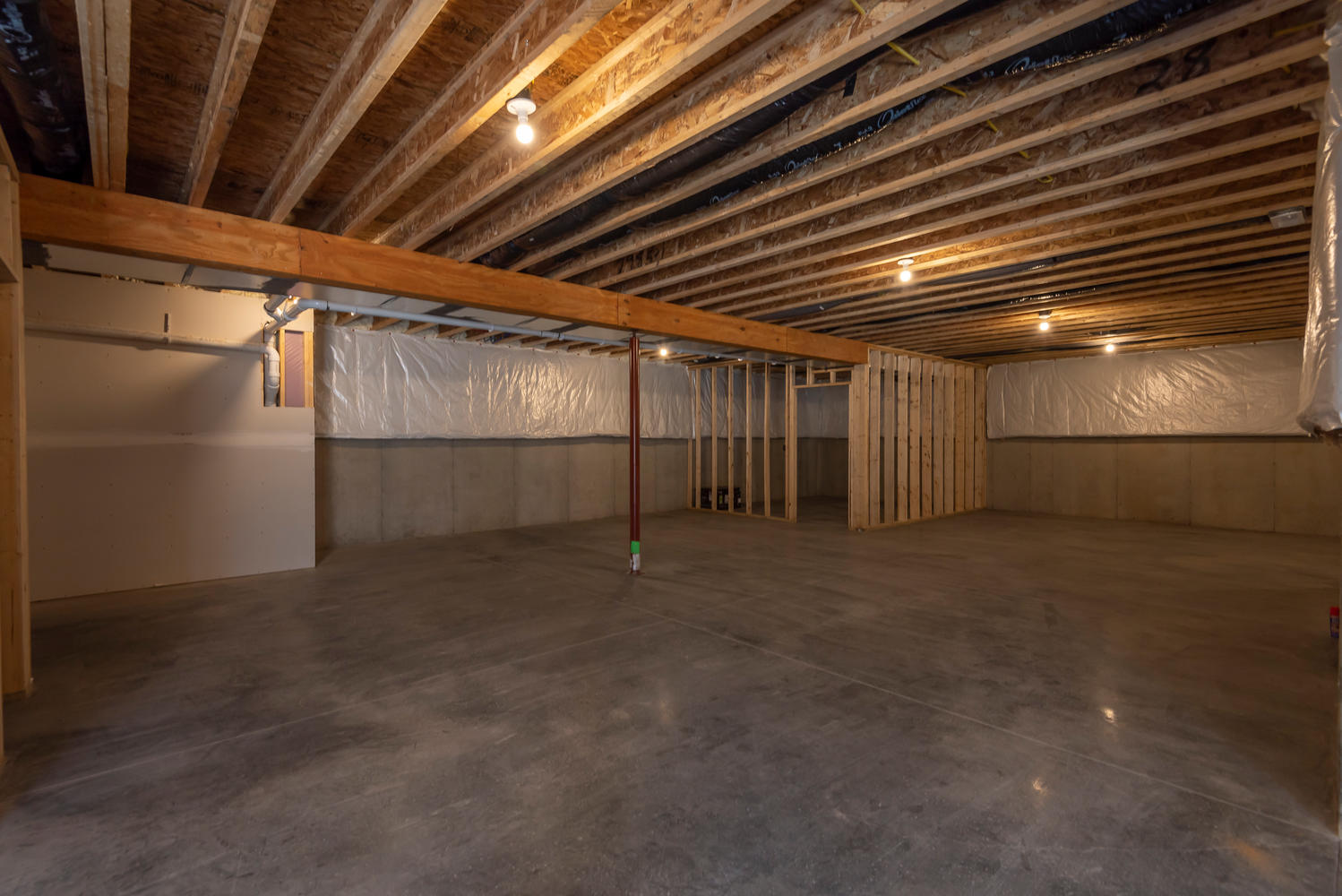 6126 N Tunnel Rd Bloomington-large-036-37-Basement-1499×1000-72dpi