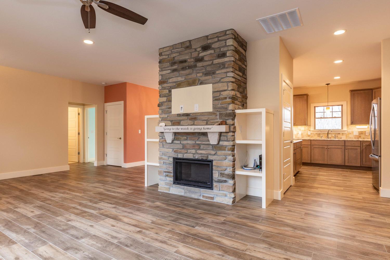 157 W Hilltop Lane Nashville-large-007-87-Living Room-1500×1000-72dpi