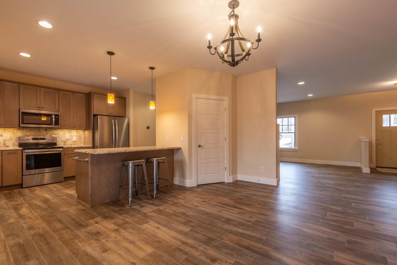 157 W Hilltop Lane Nashville-large-012-105-Dining RoomKitchen-1500×1000-72dpi