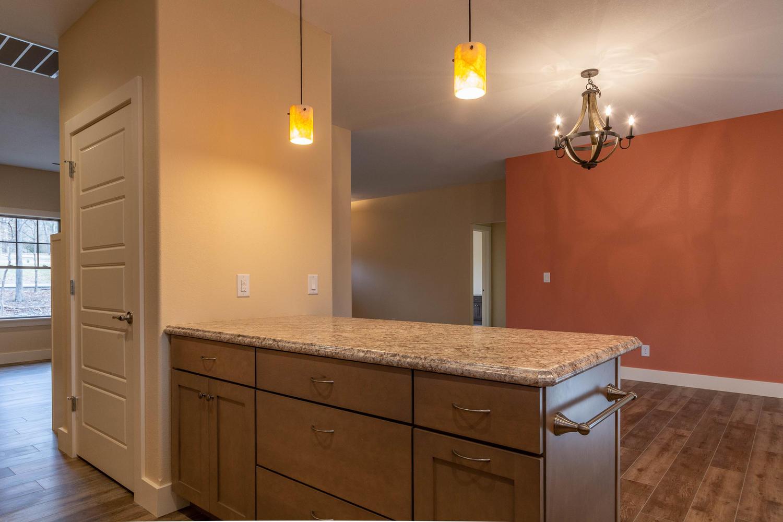 157 W Hilltop Lane Nashville-large-018-92-Kitchen-1500×1000-72dpi