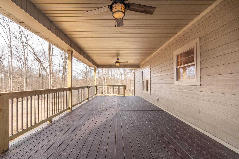 157 W Hilltop Lane Nashville-large-022-19-Deck-1500×1000-72dpi