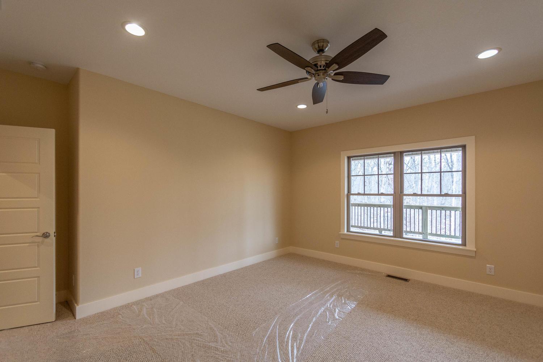 157 W Hilltop Lane Nashville-large-027-112-Master Bedroom-1500×1000-72dpi