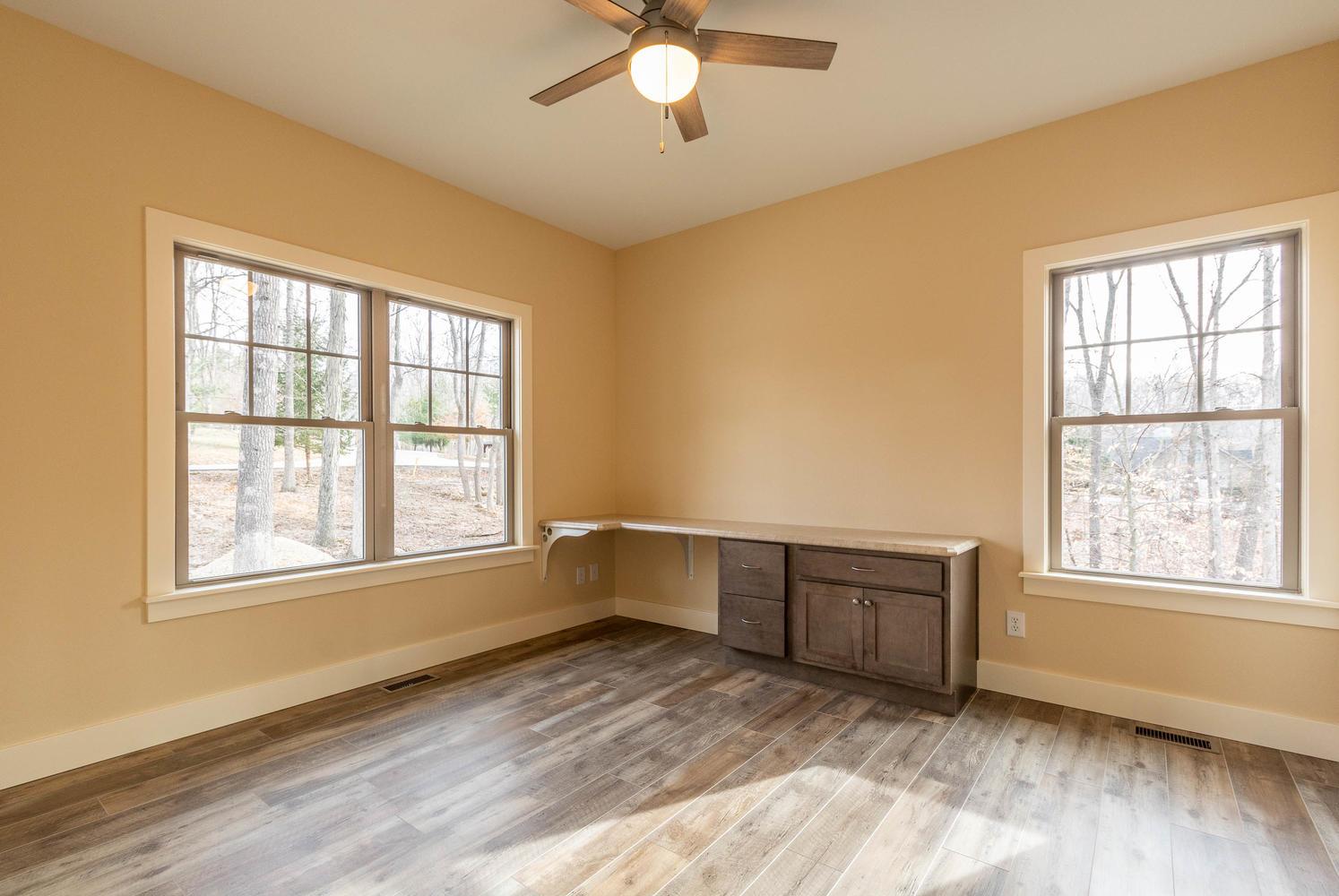 157 W Hilltop Lane Nashville-large-032-104-Bedroom 2-1495×1000-72dpi