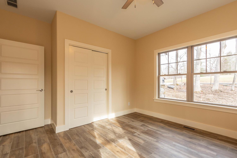 157 W Hilltop Lane Nashville-large-033-113-Bedroom 2-1500×1000-72dpi