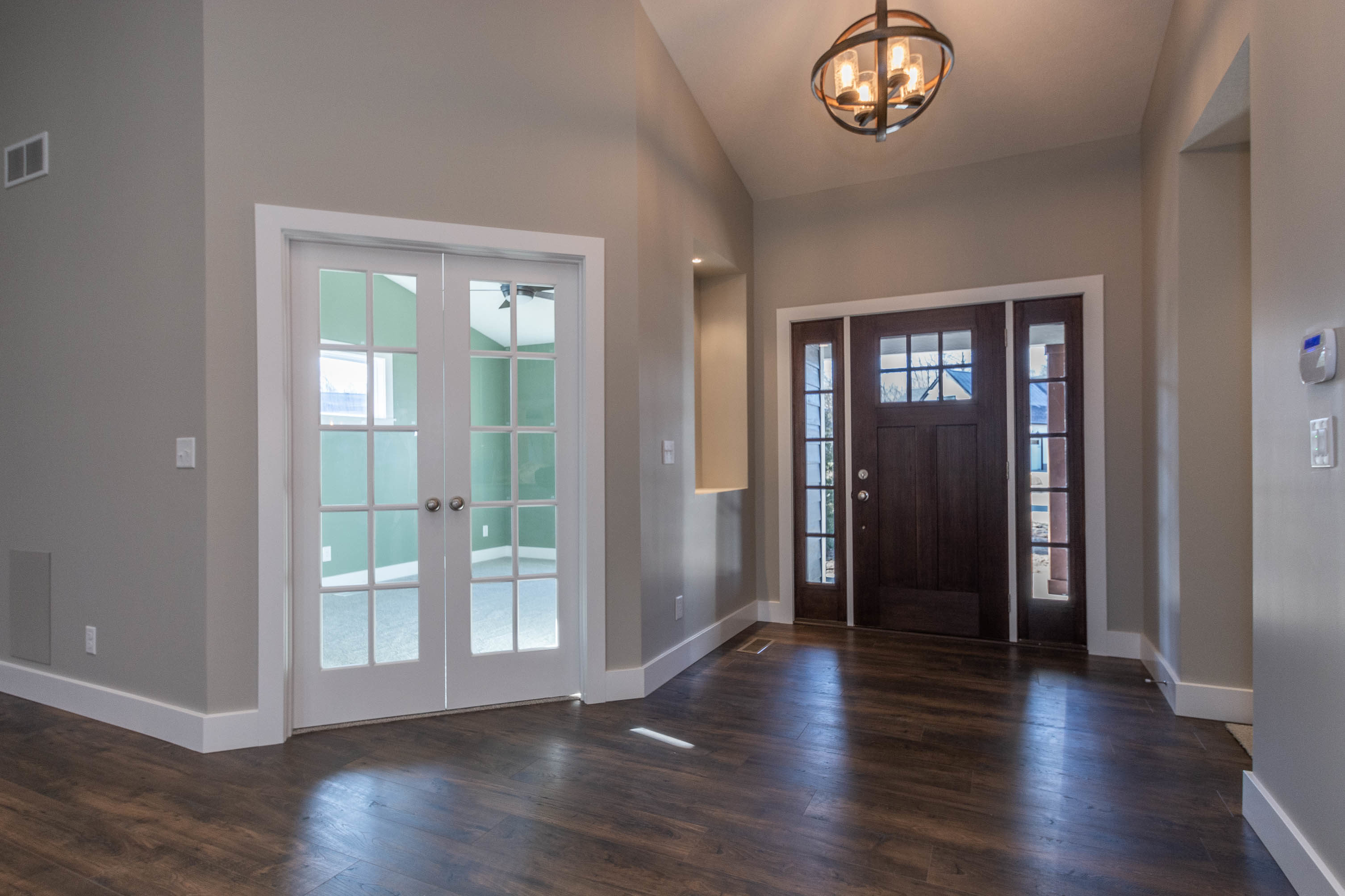 1934 N Cornerstone Way-print-003-8-Entryway-3012×2008-300dpi