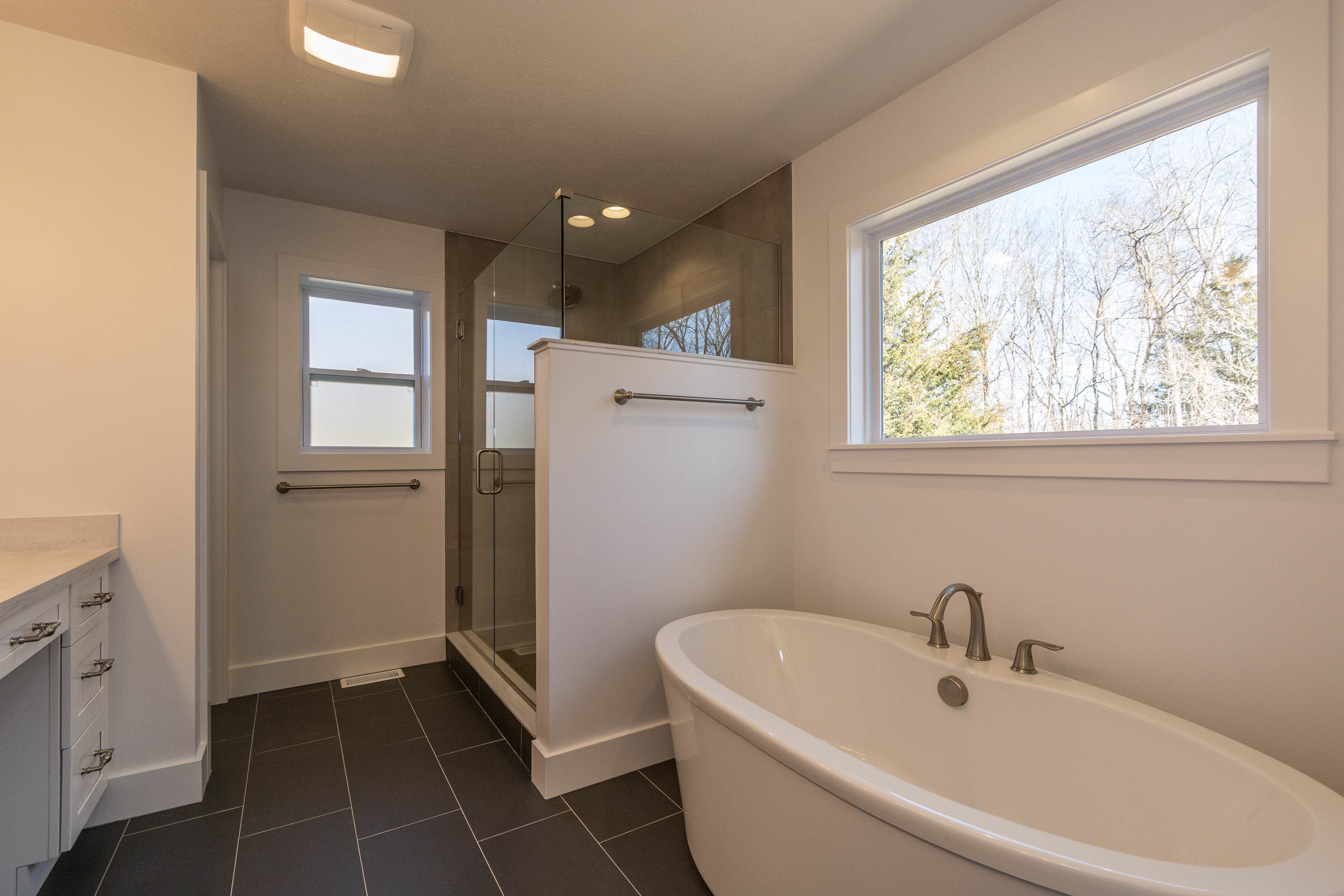 1934 N Cornerstone Way-print-020-18-Master Bath-3012×2008-300dpi